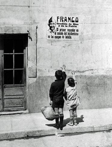 Saudação franquista
